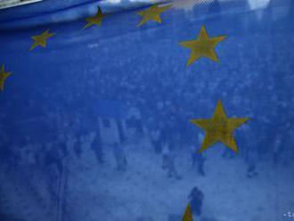 Prebytok obchodu eurozóny s tovarmi vzrástol na 23,1 mld. eur