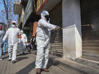 Nový koronavírus si v Číne vyžiadal už viac ako 1500 obetí