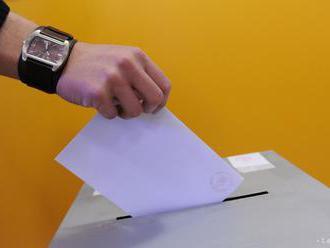 Rozhodovanie vo voľbách je podľa psychológa prevažne emočný proces