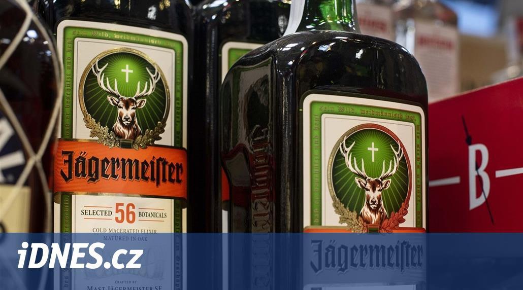 Jelen a kříž. Logo Jägermeistera křesťany nepohoršuje, rozhodl soud