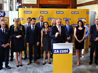 Strana Za ľudí podala trestné oznámenie na premiéra Pellegriniho