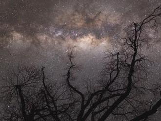Niečo obrovské vyvŕtalo dieru do našej galaxie. Vedci majú horúceho kandidáta