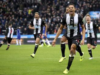 Newcastle United bude telefonovať s osamelými staršími fanúšikmi