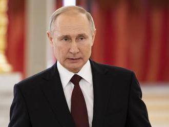 Návrh zmien v ruskej ústave podporuje menej ako polovica opýtaných Rusov