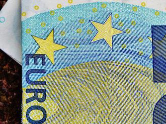 Talianska ekonomika prichadza o tri miliardy eur denne