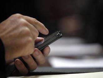 Poslanci schválili lex korona, štát získa údaje z mobilov ľudí