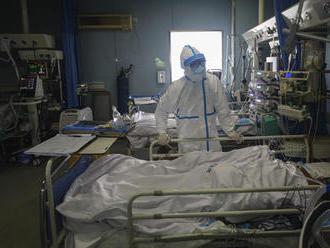 Čína varuje pred druhou vlnou nákazy, opäť hlásia nárast privezených nových prípadov