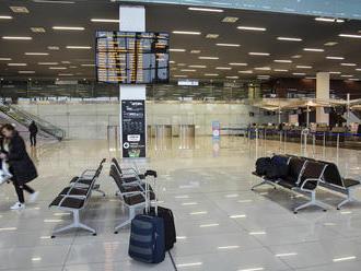 Špeciálny let so Slovákmi z USA priletí do Bratislavy v piatok nadránom