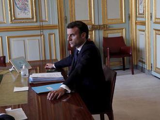 Macron chystá niečo s Trumpom. Avizoval dôležitú iniciatívu v boji s koronavírusmi
