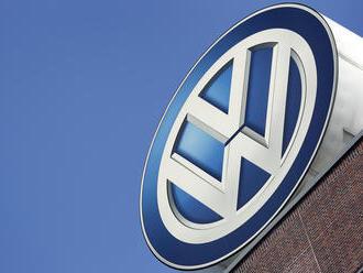 Volkswagen predlžuje odstávku vo výrobe áut