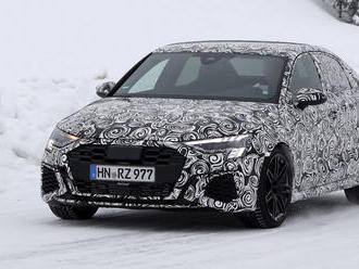 Audi RS3 sedan príde spolu so Sportbackom