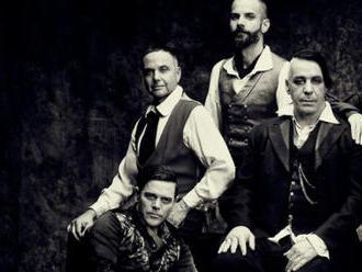 Rammstein oslavili výročí dokumentem, turné odsunuli na rok 2021