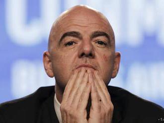FIFA odmieta, že Infantino využíva súkromné lietadlá proti predpisom