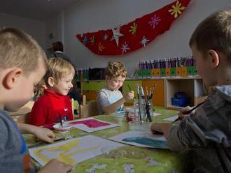 Minister školstva:  O otvorení materských a základných škôl rozhodnú zriaďovatelia