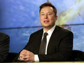 Trampolína funguje, připomněl vtipně šéf SpaceX Musk. Narážel na dřívější výrok šéfa ruské vesmírné