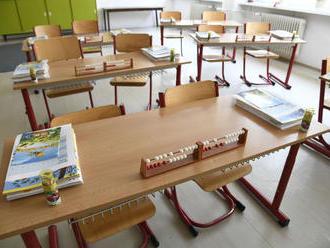 Pre deti bude náročné vrátiť sa do vyučovacieho procesu, tvrdia odborníci