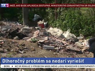 Neprispôsobivý občan znečisťuje okolie, nevedia si s ním dať rady
