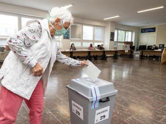 Na Teplicku skončil první den senátních voleb, účast asi 12 pct.