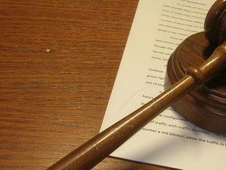 Kosovský prezident odstúpi, ak haagsky súd potvrdí obžalobu