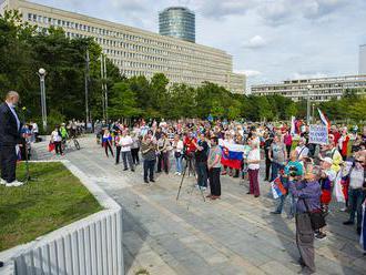 Protest proti vláde už dnes o druhej popoludní pred úradom vlády na Námestí slobody v Bratislave