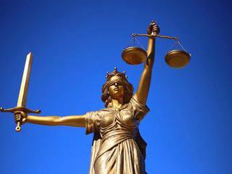 Jihokorejští prokurátoři požádali o zatykač na dědice Samsungu