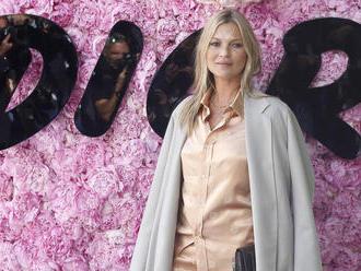 Kate Moss je už dva roky celkom čistá, vyhlásil o nej kamarát
