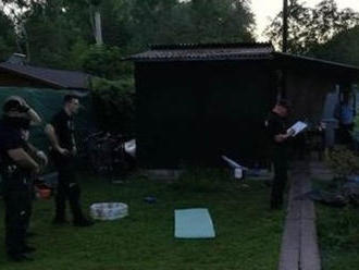Mimoriadna tragédia v bratislavskej Petržalke: V záhradnej chatke našli dvoch mŕtvych mužov