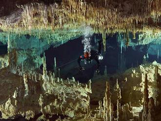 Vo veku 60 rokov zomrel jaskynný potápač Daniel Hutňan