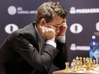 Šachový šampion Carlsen úmyslně vzdal partii, jako férové gesto