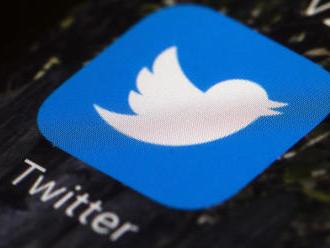 Podvodníci napadli twitterové účty mnoha známých lidí