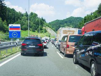 Česko přestalo být pro Slovince bezpečnou zemí, tranzit do Chorvatska ale bude možný - Aktuálně.cz