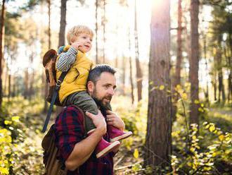 Děti, které si hrají s tatínky, nebývají tak hyperaktivní a agresivní, zjistili vědci