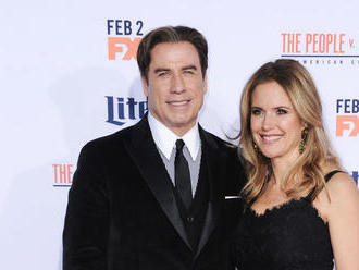 Šok z Hollywoodu! Manželka Johna Travoltu podľahla rakovine vo veku 57 rokov