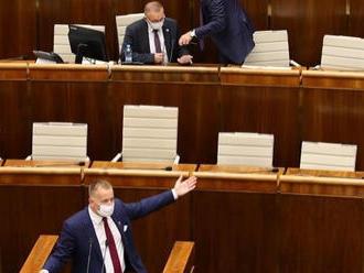 Kollár ostáva vo funkcii: VIDEO Drsné odvolávanie! Odporný farizej Šeliga, podvodník Kiska a Matovič