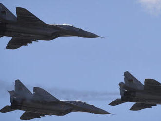Ministerstvo obrany upozorňuje na cvičný let našich stíhačiek: Môžu spôsobiť supersonický tresk