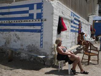 Grécke ostrovy sú pripravené na turistov. Otvorili aj letiská