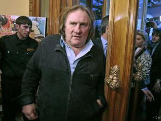 Depardieuovi opäť hrozí obvinenie zo znásilnenia