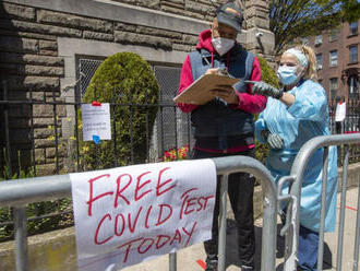 USA zaznamenali ďalších vyše 61.200 prípadov COVID-19 za deň