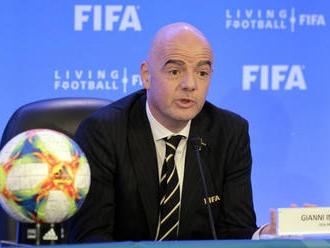 Infantino sa nemusí báť o prácu, FIFA nevidí dôvod na suspendáciu