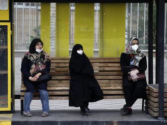 Počet úmrtí na koronavírus v Iráne prekročil 17.000
