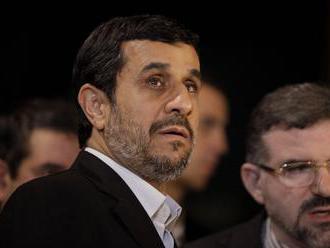 Iránski duchovní odmietli stretnutie s exprezidentom Ahmadínežádom