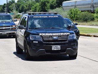 """""""Nepredávajte autá polícii, kazí nám to imidž,"""" volajú zamestnanci Fordu"""