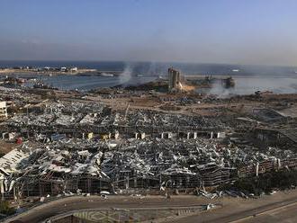 Minúta pred výbuchom. Šokujúce zábery zachytávajú, ako výbuch prerušil všedný mestský život počas &b