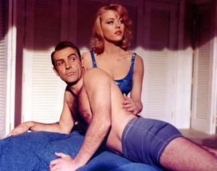 Britové rozhodli: Bonda hrál nejlépe Connery, současný představitel propadl