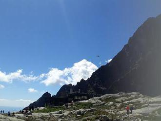 Horolezec zahynul v Tatrách, neprežil 100-metrový pád