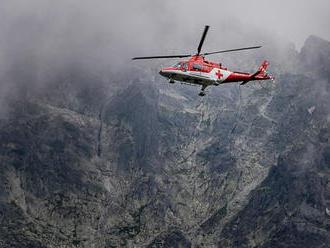Čech vo Vysokých Tatrách spadol z výšky 40 metrov: Zostupoval mimo trasy a bez istenia