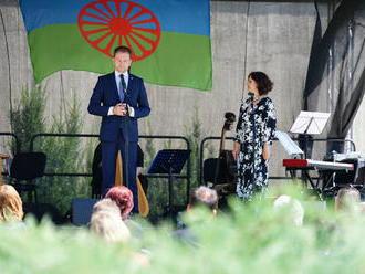 Premiér Matovič počas pamätného dňa rómskeho holokaustu pripomína potrebu vzdelania
