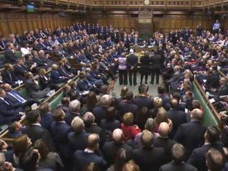 Bývalého poslanca britského parlamentu odsúdili na za sexuálne útoky