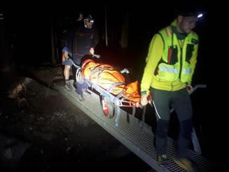 Horskí záchranári pomáhali zranenej turistke v sedle Medzirozsutce