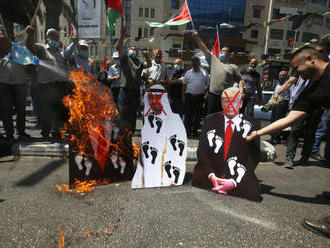 Palestínčania protestovali proti normalizácii vzťahov Izraela s Bahrajnom a Spojenými arabskými emir